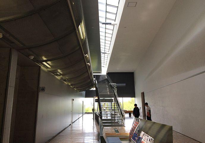 まるで宇宙船みたいだ!気仙沼、リアス・アーク美術館に行ってきた
