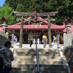 藤と牡丹で有名な神社。5月になったら金蛇水神社に行きたいねって話